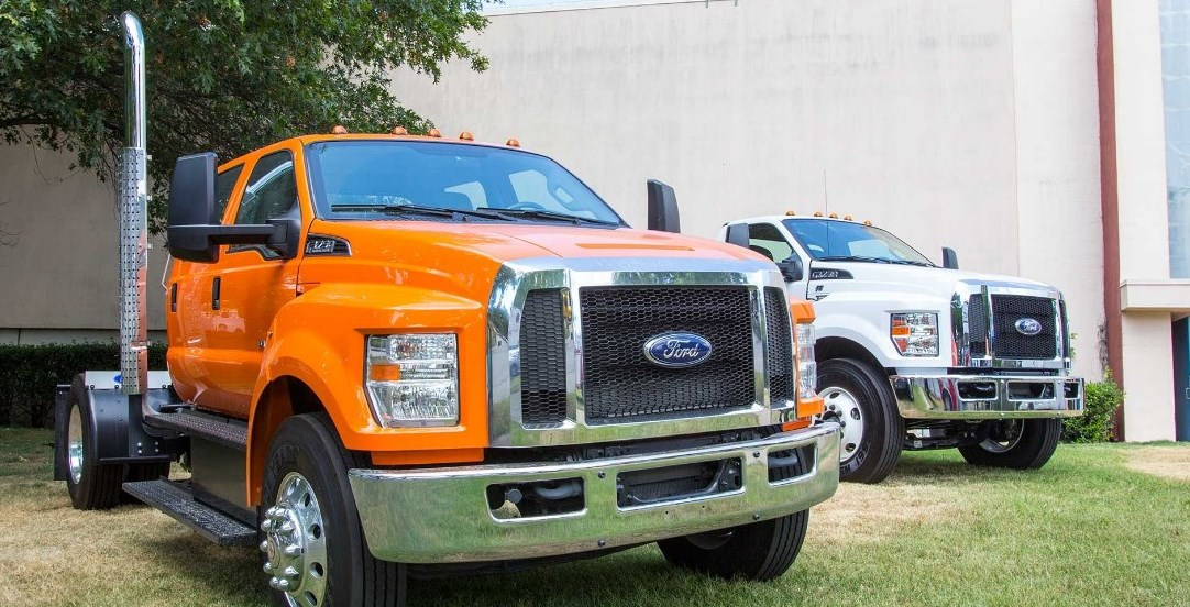 2021 Ford F-750 Exterior